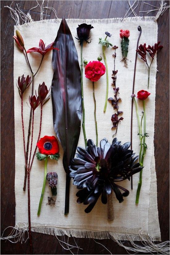 Hochzeit - Red And Black Wedding Flowers