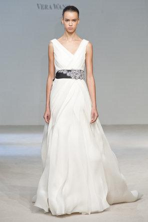 Wedding - Designer Wedding Dresses ♥ Classic Wedding Dresses