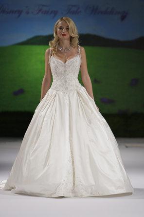 Mariage - Kirstie Kelly for Disney's Fairy Tale Weddings