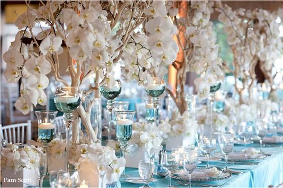Wedding at tiffany 39 s 798849 weddbook - Decoration table mer ...