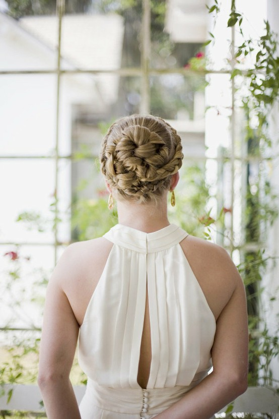 Mariage coiffure chignon tress inpspiration cheveux 890971 weddbook - Chignon mariage tresse ...