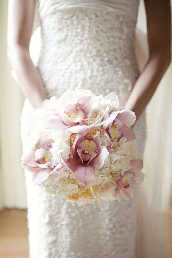 Hochzeit - Hochzeits-Blumen-Foto ♥ Weiße Rosen und Orchideen Hochzeit Brautstrauß