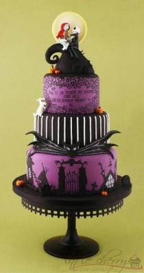 wedding photo - Hand-painted Nightmare Before Christmas Violin Wedding Cake ♥ Tim Burton Tiered Purple Fondant Halloween Wedding Cake