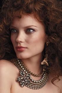 wedding photo - Специальный Дизайн Ожерелье ♥ Оловянные Блум Слоистых Удавка на Frederica Borello.