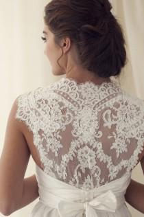wedding photo - Anna Campbell Lace Zurück Brautkleid