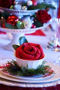 wedding photo -  Creative Christmas Wedding Dinner Party Ideas ♥ Christmas Rosette Napkin Fold