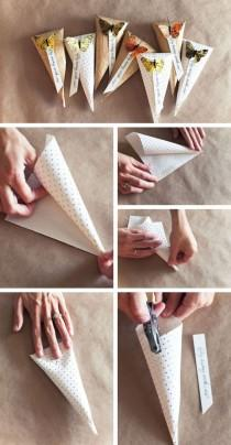 wedding photo - Cheap Wedding Favor ♥ DIY Favor Taschen Tutorial