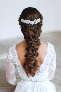 wedding photo - Braid malpropre avec le cheveu bouclé avec Peigne