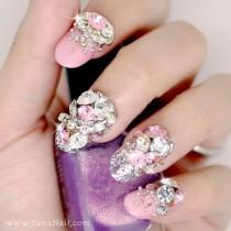 wedding photo - Японские 3D Ногтей, Нажмите На Ногти, накладные Ногти - горный Хрусталь И Металлические Украшения 3D С Розовыми польский (T117N)