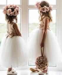 wedding photo - Flowergirl