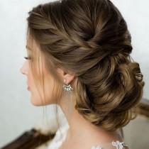 wedding photo - hairstyle