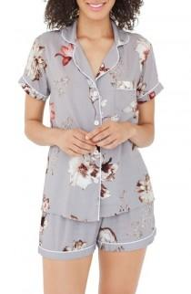 wedding photo - Plum Pretty Sugar Floral Short Pajamas