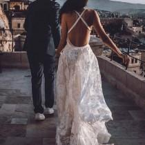 wedding photo - Loverly®️ Wedding Inspiration