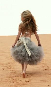 wedding photo - Cute Flower Girl Tutu Skirt