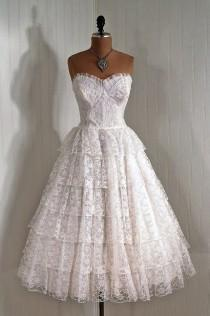 wedding photo - Robe de mariée en dentelle 50s