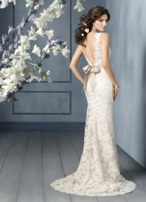 wedding photo -  Jim Hjelm Bridal Collection  Lace v-back Wedding Dress