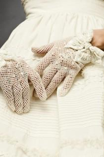 wedding photo - Vintage Crocheted Lace Gloves Wedding