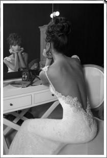 wedding photo -  Sexy Backless Inbal Dror Wedding Dress | Seksi Sirt Dekolteli Dantel Gelinlik