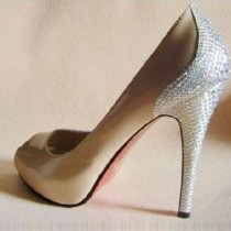 wedding photo - Christian Louboutin Scarpe da sposa