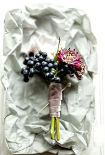 wedding photo - Уникальный бутоньерка для жениха