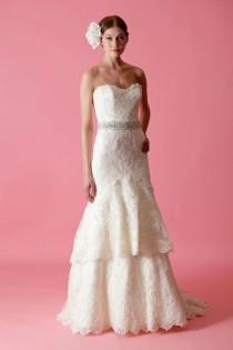 wedding photo - Chic Robe de mariage de conception spéciale ♥ 2013 dentelle Robe de mariée