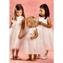 wedding photo - Flower Girl Wedding Dress ♥ Cute little bridesmaid