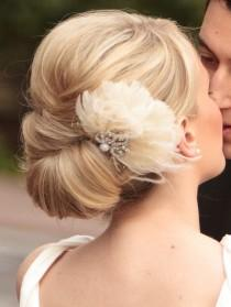 wedding photo - Coiffures de mariée simples ♥ Wedding Chignons Coiffure