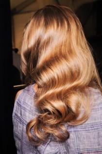 wedding photo - Coiffures de mariée naturelles ♥ long cheveux dénoués de mariage Curls