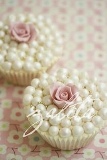 wedding photo - Wedding Cupcake - Sweet Inspiration