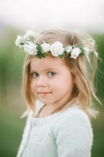 wedding photo - Lovely Flower Girl Crown