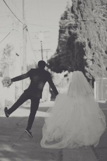 wedding photo - Creative Wedding Photo Ideas ♥ Black and White Wedding Photo ♥ Happily Ever After